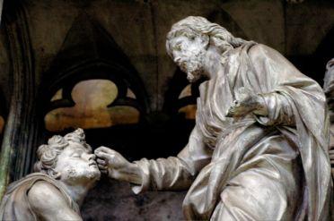 jesus heals blind man