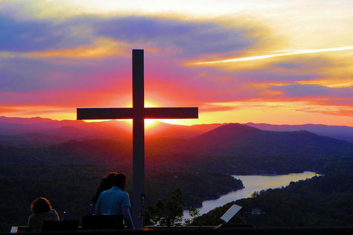 chimney_rock_sunrise_service